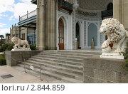 Купить «Крым, парк Воронцрвского дворца», эксклюзивное фото № 2844859, снято 10 сентября 2011 г. (c) Дмитрий Неумоин / Фотобанк Лори