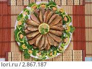 Купить «Черноморская барабулька на блюде», фото № 2867187, снято 15 июля 2011 г. (c) Кирилл Путченко / Фотобанк Лори