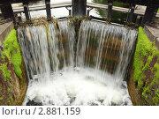 Купить «Искусственный водопад», фото № 2881159, снято 12 июня 2010 г. (c) Losevsky Pavel / Фотобанк Лори