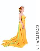 Красивая девушка в желтом платье. Стоковое фото, фотограф Верстова Арина / Фотобанк Лори