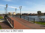 Купить «Калининград. Верхнее озеро», эксклюзивное фото № 2907603, снято 26 октября 2011 г. (c) Svet / Фотобанк Лори