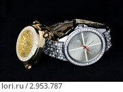 Серебряные и золотые часы. Стоковое фото, фотограф Леонид Коньков / Фотобанк Лори