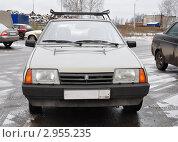 Купить «Лада «Спутник»», эксклюзивное фото № 2955235, снято 14 ноября 2011 г. (c) Голованов Сергей / Фотобанк Лори