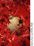 Игрушка на новогоднюю елку. Стоковое фото, фотограф Александр Фемяк / Фотобанк Лори