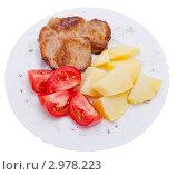 Мясо с картофелем и помидорами. Стоковое фото, фотограф Суворова Нина / Фотобанк Лори