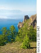 Байкал. Северная оконечность острова Ольхон - мыс Хобой. Лето, туманы. Стоковое фото, фотограф Виктория Катьянова / Фотобанк Лори
