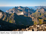 Купить «Горные вершины», фото № 3031507, снято 17 ноября 2018 г. (c) Роман Мухин / Фотобанк Лори