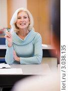 Купить «Блондинка среднего возраста на уроке в классе», фото № 3038135, снято 5 декабря 2005 г. (c) Monkey Business Images / Фотобанк Лори