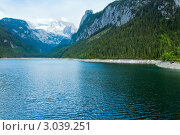 Купить «Горное озеро Гозаузе, Австрия», фото № 3039251, снято 4 июня 2011 г. (c) Юрий Брыкайло / Фотобанк Лори