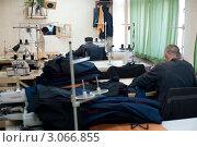 Купить «Арестантские будни. Швейный цех», фото № 3066855, снято 18 ноября 2011 г. (c) Александр Подшивалов / Фотобанк Лори