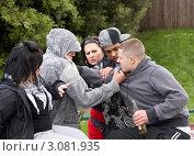 Купить «Разборка в группе подростков», фото № 3081935, снято 21 мая 2009 г. (c) Monkey Business Images / Фотобанк Лори