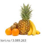 Купить «Свежие тропические фрукты на белом фоне», фото № 3089263, снято 26 декабря 2011 г. (c) Ласточкин Евгений / Фотобанк Лори