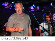 """Андрей Макаревич (группа """"Машина времени"""") (2010 год). Редакционное фото, фотограф Андрей Дегтярёв / Фотобанк Лори"""