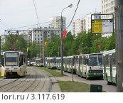 Пробка из автобусов на улице города Москва (2008 год). Редакционное фото, фотограф Воробьева Елена / Фотобанк Лори