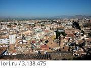 Купить «Вид сверху на Гранаду под безоблачным небом. Испания», фото № 3138475, снято 25 июля 2008 г. (c) Sergey Borisov / Фотобанк Лори