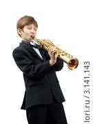 Купить «Мальчик играет на саксофоне-сопрано», фото № 3141143, снято 11 мая 2009 г. (c) Владимир Мельников / Фотобанк Лори
