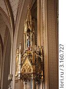 Святыня Божьей матери в католическом храме в Чехии (2011 год). Стоковое фото, фотограф Yana Geruk / Фотобанк Лори