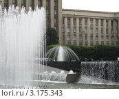 Санкт-Петербург, фонтаны на Московской площади (2011 год). Редакционное фото, фотограф Воробьева Елена / Фотобанк Лори