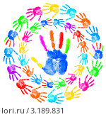 Купить «Разноцветные отпечатки ладоней - взрослая и много детских на белом фоне», фото № 3189831, снято 23 марта 2019 г. (c) Elnur / Фотобанк Лори