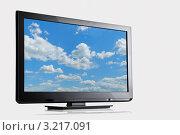 Купить «Облака на экране телевизора», фото № 3217091, снято 5 сентября 2011 г. (c) Дмитрий Эрслер / Фотобанк Лори