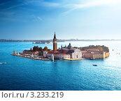 Купить «Вид острова Сан-Джорджо, Венеция, Италия», фото № 3233219, снято 7 июня 2020 г. (c) Iakov Kalinin / Фотобанк Лори