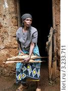 Африканская женщина (2011 год). Редакционное фото, фотограф Перевалова Ольга Геннадьевна / Фотобанк Лори