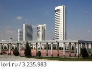Новостройки в городе Ашхабаде. Туркменистан. (2011 год). Стоковое фото, фотограф Владимир Артев / Фотобанк Лори