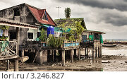 Купить «Рыбацкая деревня на сваях. Андаманские острова. Таиланд», фото № 3246827, снято 22 мая 2019 г. (c) Петр Малышев / Фотобанк Лори