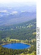 Вид сверху на озеро в Караколе. Стоковое фото, фотограф Яков Филимонов / Фотобанк Лори