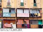 Купить «Вид на фасад жилого здания в городе Александрия, Египет», эксклюзивное фото № 3269283, снято 22 января 2012 г. (c) Николай Винокуров / Фотобанк Лори