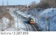 Купить «Российские железные дороги. Маневровый тепловоз ЧМЭ3. Перевозка грузов железнодорожным транспортом», видеоролик № 3287859, снято 25 февраля 2012 г. (c) Mikhail Erguine / Фотобанк Лори