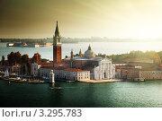 Вид на остров Сан-Джорджо, Венеция, Италия. Стоковое фото, фотограф Iakov Kalinin / Фотобанк Лори