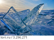 Купить «Байкальские ледовые торосы», фото № 3296271, снято 25 февраля 2012 г. (c) Виктория Катьянова / Фотобанк Лори