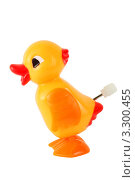 Купить «Забавная игрушка: заводной желтый утенок», фото № 3300455, снято 28 сентября 2010 г. (c) Losevsky Pavel / Фотобанк Лори