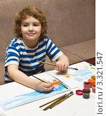 Купить «Ребёнок рисует», фото № 3321547, снято 21 февраля 2012 г. (c) ИВА Афонская / Фотобанк Лори