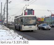 Купить «Троллейбус № 41 едет по Щелковскому шоссе. Москва», эксклюзивное фото № 3331083, снято 5 марта 2012 г. (c) lana1501 / Фотобанк Лори