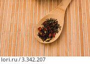 Зелёный чай с черешней. Стоковое фото, фотограф valentina vasilieva / Фотобанк Лори