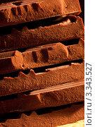 Купить «Шоколад крупно», фото № 3343527, снято 23 апреля 2011 г. (c) Татьяна Макотра / Фотобанк Лори