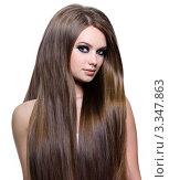 Купить «Красивая девушка с длинными темно-русыми волосами», фото № 3347863, снято 9 марта 2011 г. (c) Валуа Виталий / Фотобанк Лори