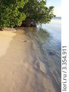 Песчаный пляж острова Cayo Guillermo, Куба (2011 год). Стоковое фото, фотограф Юлия Машкова / Фотобанк Лори