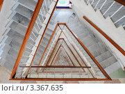 Лестница в отеле. Стоковое фото, фотограф Юрий Морозов / Фотобанк Лори