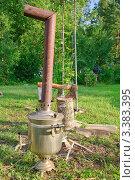 Купить «Растопка самовара на дровах», фото № 3383395, снято 9 июля 2011 г. (c) Алёшина Оксана / Фотобанк Лори