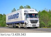 Купить «Грузовик», фото № 3439343, снято 18 мая 2008 г. (c) Art Konovalov / Фотобанк Лори