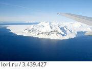 Купить «Глобальное потепление, ледники и крыло самолета», фото № 3439427, снято 31 мая 2007 г. (c) Lasse Kristensen / Фотобанк Лори