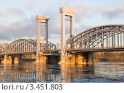 Купить «Центральный пролет Финляндского железнодорожного моста. Санкт-Петербург», эксклюзивное фото № 3451803, снято 18 апреля 2012 г. (c) Александр Щепин / Фотобанк Лори