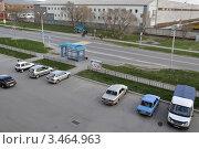 Купить «Заводоуковск. Автобусная остановка. Вид сверху», фото № 3464963, снято 5 мая 2011 г. (c) Александр Тараканов / Фотобанк Лори