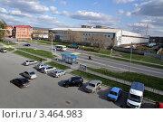 Купить «Заводоуковск. Автобусная остановка. Вид сверху», фото № 3464983, снято 5 мая 2011 г. (c) Александр Тараканов / Фотобанк Лори