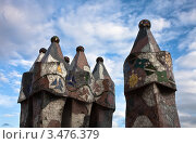 Купить «Фрагмент декорированных труб дома Casa Batllo в Барселоне. Архитектор Антонио Гауди», фото № 3476379, снято 22 ноября 2011 г. (c) Victoria Demidova / Фотобанк Лори