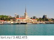 Купить «Морской порт Сочи, вид с моря», фото № 3482415, снято 30 апреля 2012 г. (c) Анна Мартынова / Фотобанк Лори