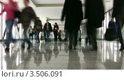 Купить «Деловые люди в холле», видеоролик № 3506091, снято 8 апреля 2008 г. (c) Losevsky Pavel / Фотобанк Лори